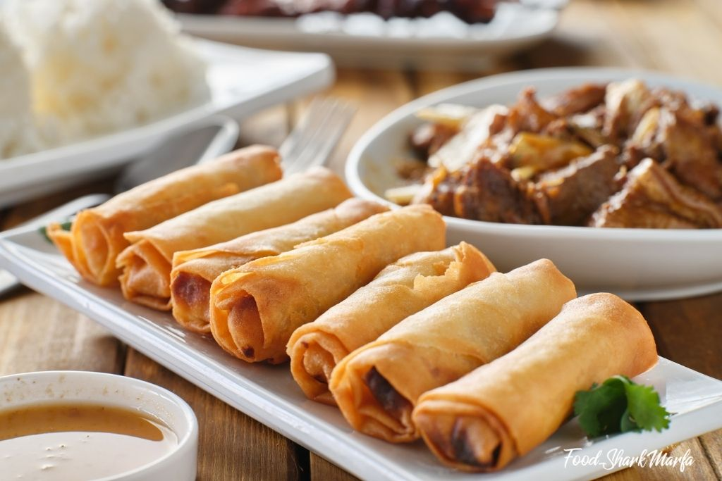 Filipino fried lumpia